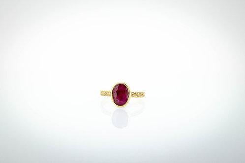 Robust Ruby & double-line mirco-pavé diamond setting Ring