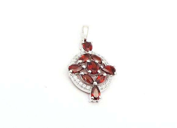 Minimalist Garnet Pendant in 925 Silver