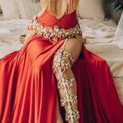 arabic dress.PNG