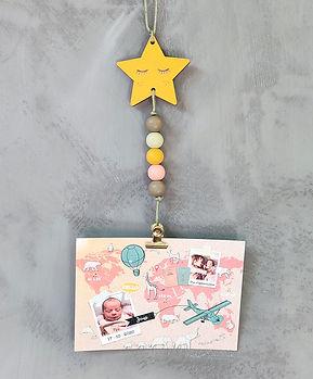 Fotohanger-Ster: leuke handgeschilderde foto hanger met een ster. Ideaal om foto's of geboortekaartjes aan op te hangen.
