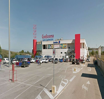 Centro Commerciale Conforama a San Spera
