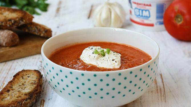 Supă cremă de roșii coapte