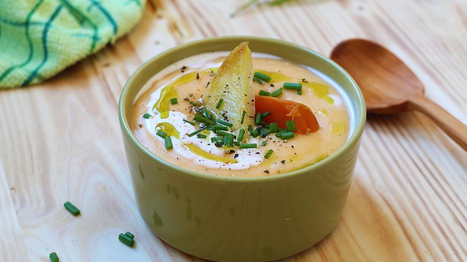 Supă cremă de cartofi copți