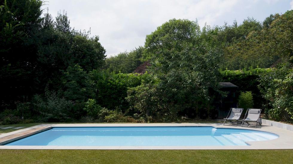 LPW Pool mit Roemischer Treppe.jpg