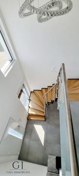 04-treppenhaus-jpg