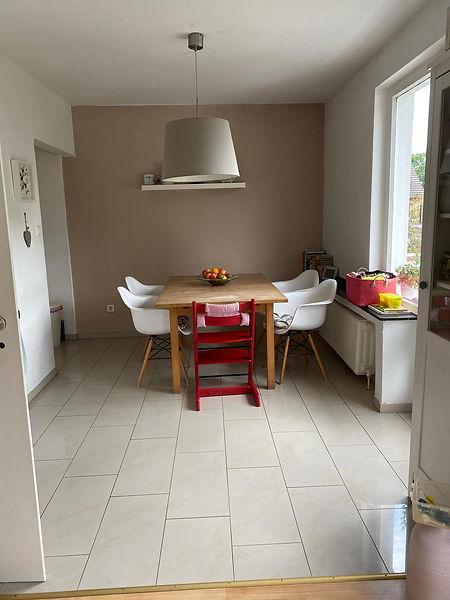 Schöne 3-4 Zimmer-Maisonette-Wohnung (Hochparterre/Souterrain). Im begehrten Düsseldorfer Süden (Wersten) in grüner und ruhiger Lage gelegen