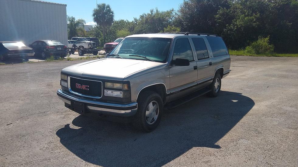 1999 Chevrolet Suburban K1500 4x4