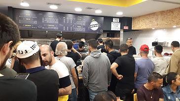 משלוחי שניצל תל אביב