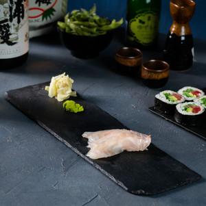 סשימי דג לבן.jpg