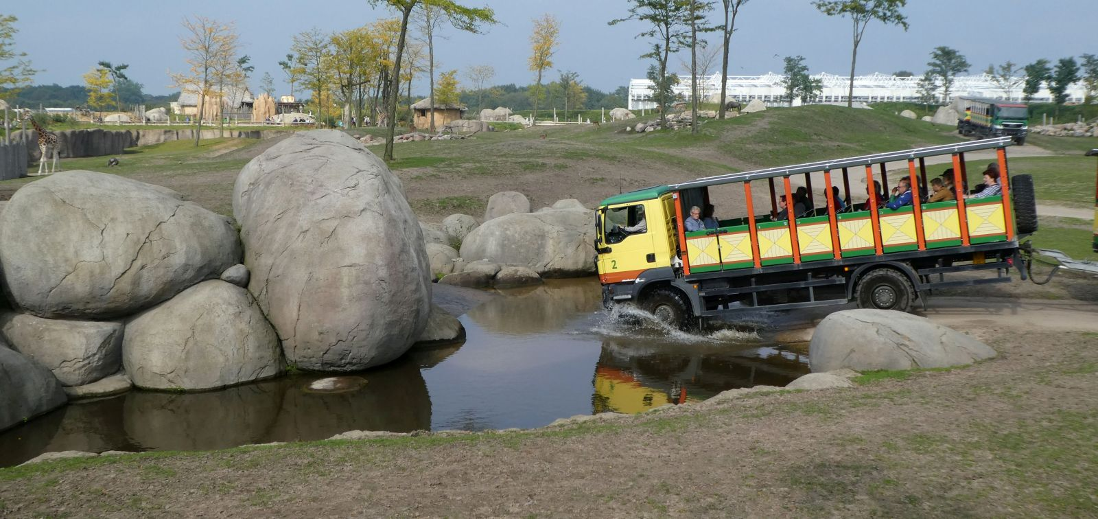 Safarie Bus