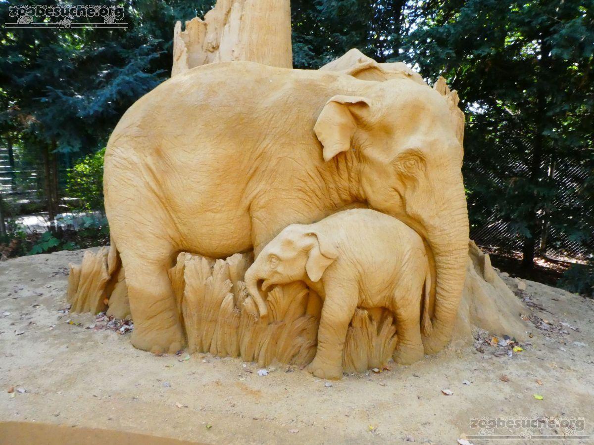 Sandskulptur - Elefanten