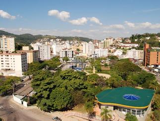 Um passeio logo ali, de Navegantes e Joinville SC  até Serra Negra SP