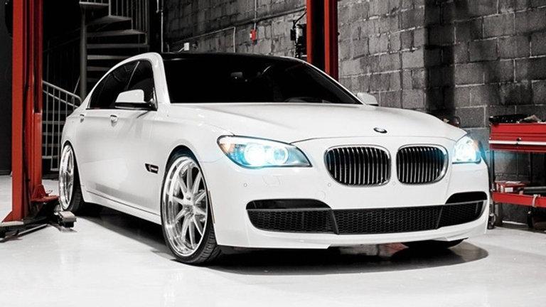 BMW Serie 7 750i 407Hp