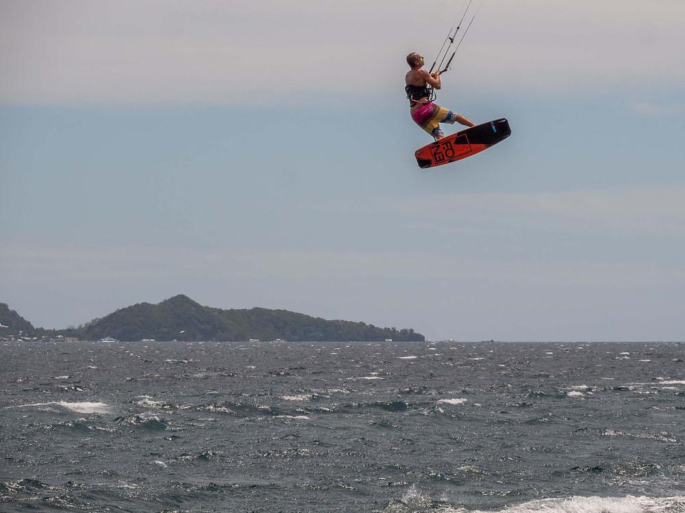 Kitesurf Philippines - Dumaguete - Jump