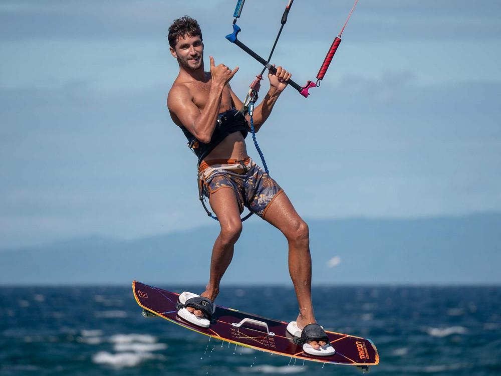 Kitesurf jump, bogoss, not your instructor :)