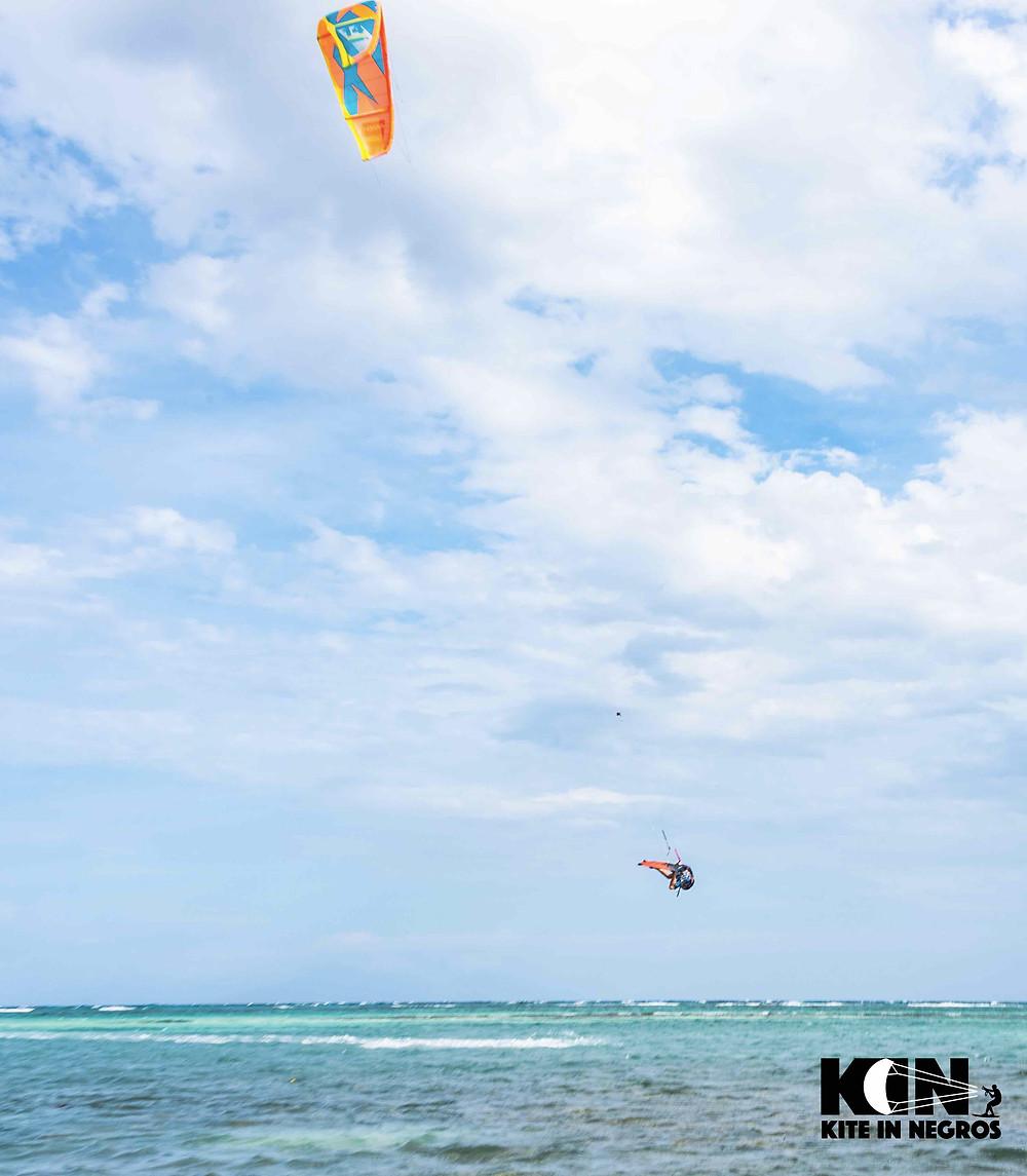 Kitesurfing in Philippines with a twist