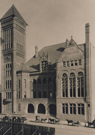 1888_Los_Angeles_City_Hall-_E_side_of_Br
