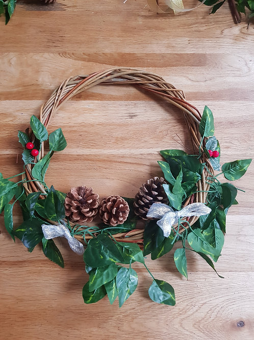 Buff willow wreath with LED lights