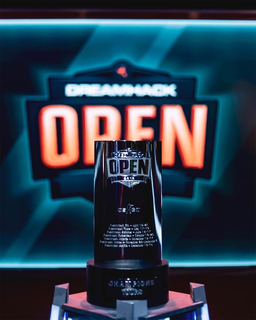 Trophy 2019.