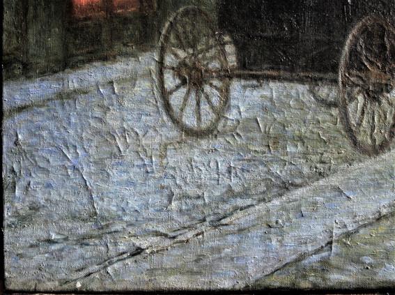 stav před restaurováním -  detail se stříškovitě deformovanou a uvolněnou barevnou vrstvou
