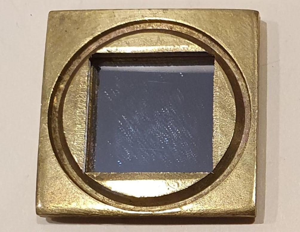 Mirror/ Squ. Metal Frame $6