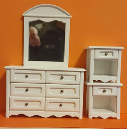 Dress.Table & nightstands, 3 pc $30