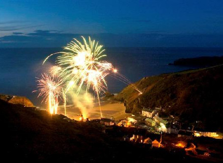 Win a 2 night stay at The Cwtch and see Fireworks on the beach at Llangrannog!
