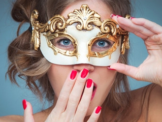 Mask Parade returns to the Halloween Trade Show.