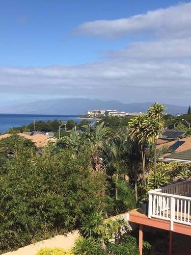 Maui Garden Oasis top floor