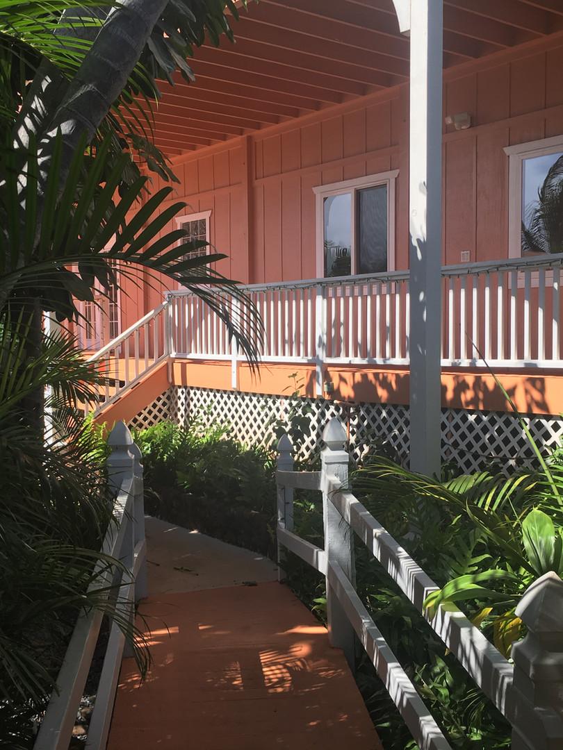 Maui Garden Oasis entrance