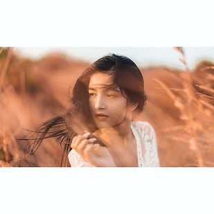 She lives to feel the wind💫__theswishma