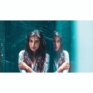 Like a mirror 💫__paro_nair _Muah_ _yesu