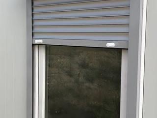 XPandacabin with roller shutter