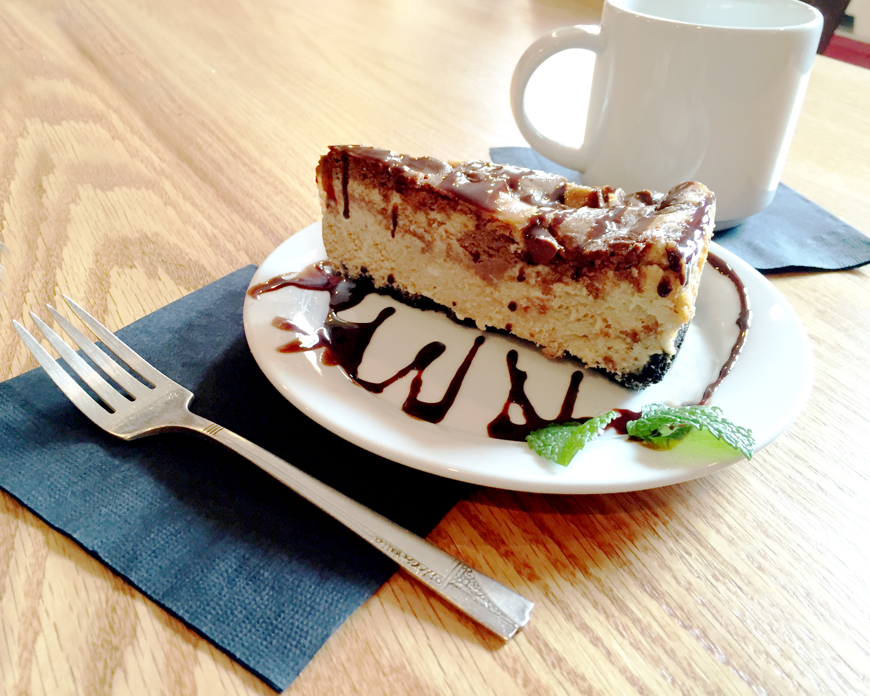 Chocolate cheesecake.jpg