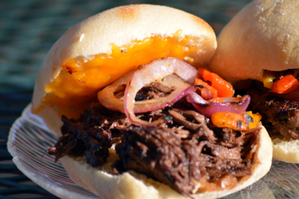 511 braised flank steak sandwiches