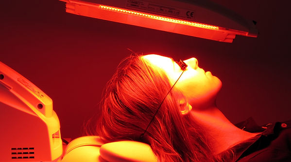 LED Red Light Therapy | Lichfield Face Clinic | PhotoDynamic Therapy | Skin Rejuvenation | Acne