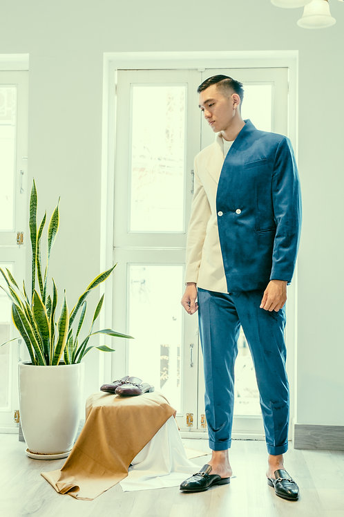 THE CONTRAST JACKET WITH HALF LAPEL