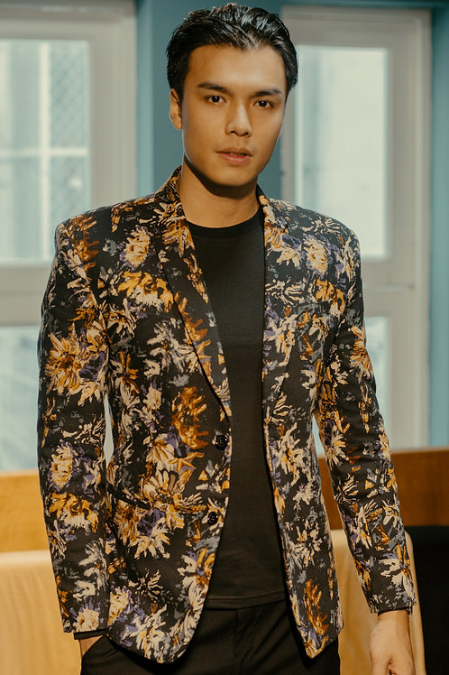 THE NEW FLORAL JACKET