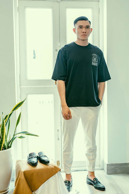 CANH TY OVERSIZED TEE WITH B&W EMBROIDERY