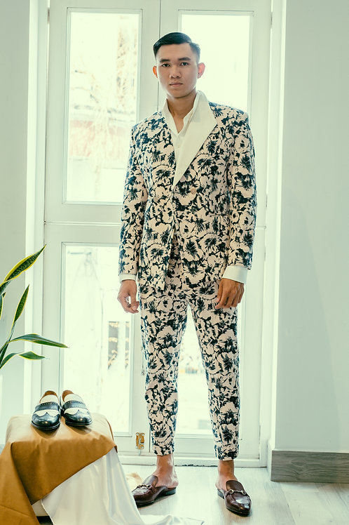 THE FLORAL JACKET WITH HALF LAPEL