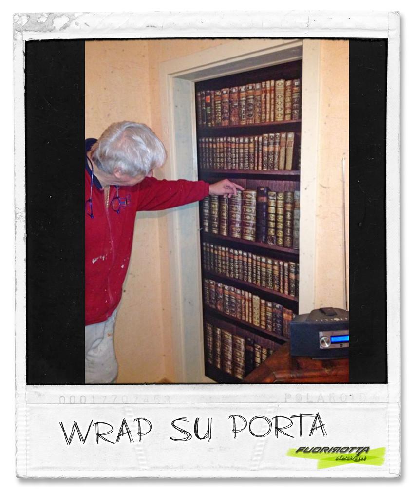 libreria su porta