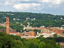 Western_approach_to_Waterbury_CT