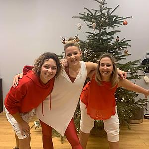 Raudonai baltos Kalėdos