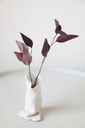 Lazy  Ceramic pot    Clay, glazing  2020  Photo Hilja Mustonen Flowers Blomma Creatives