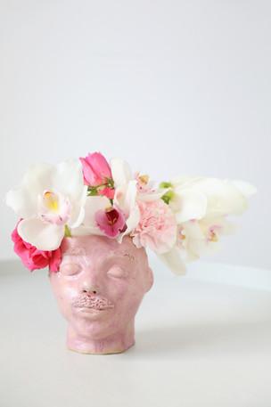 Kevin 2020  Clay, glaze   Photo Hilja Mustonen Flowers Blomma Creatives