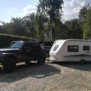 jeep and carvan.jpeg