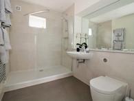 Oak Cottage Bathroom