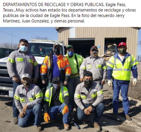 Los equipos de reciclage y obras publicas de la ciudad.