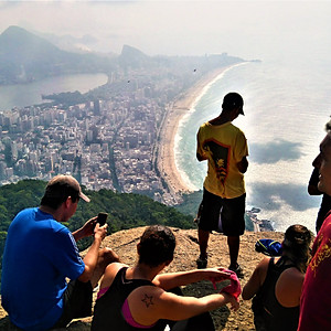 Two Brothers Hill Vidigal Trail