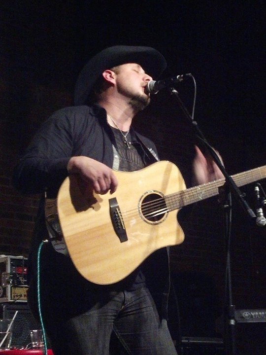 Facebook - Pic from a fan last night at The Listening Room Cafe